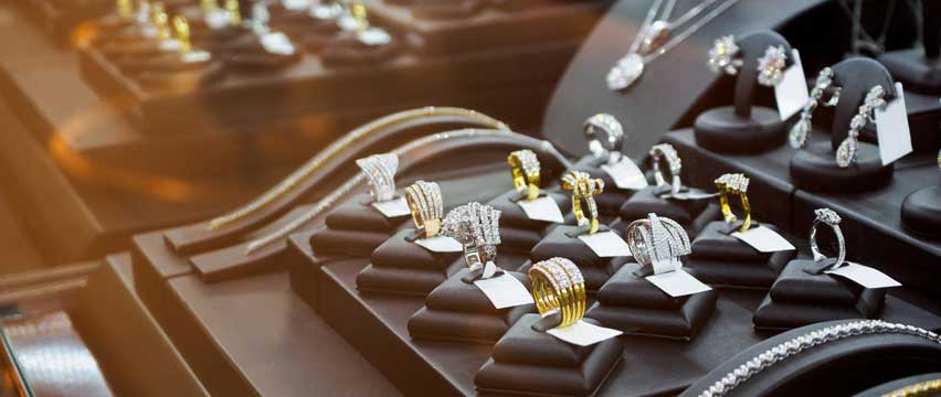 jewelry store business loans used to buy jewelry display cases